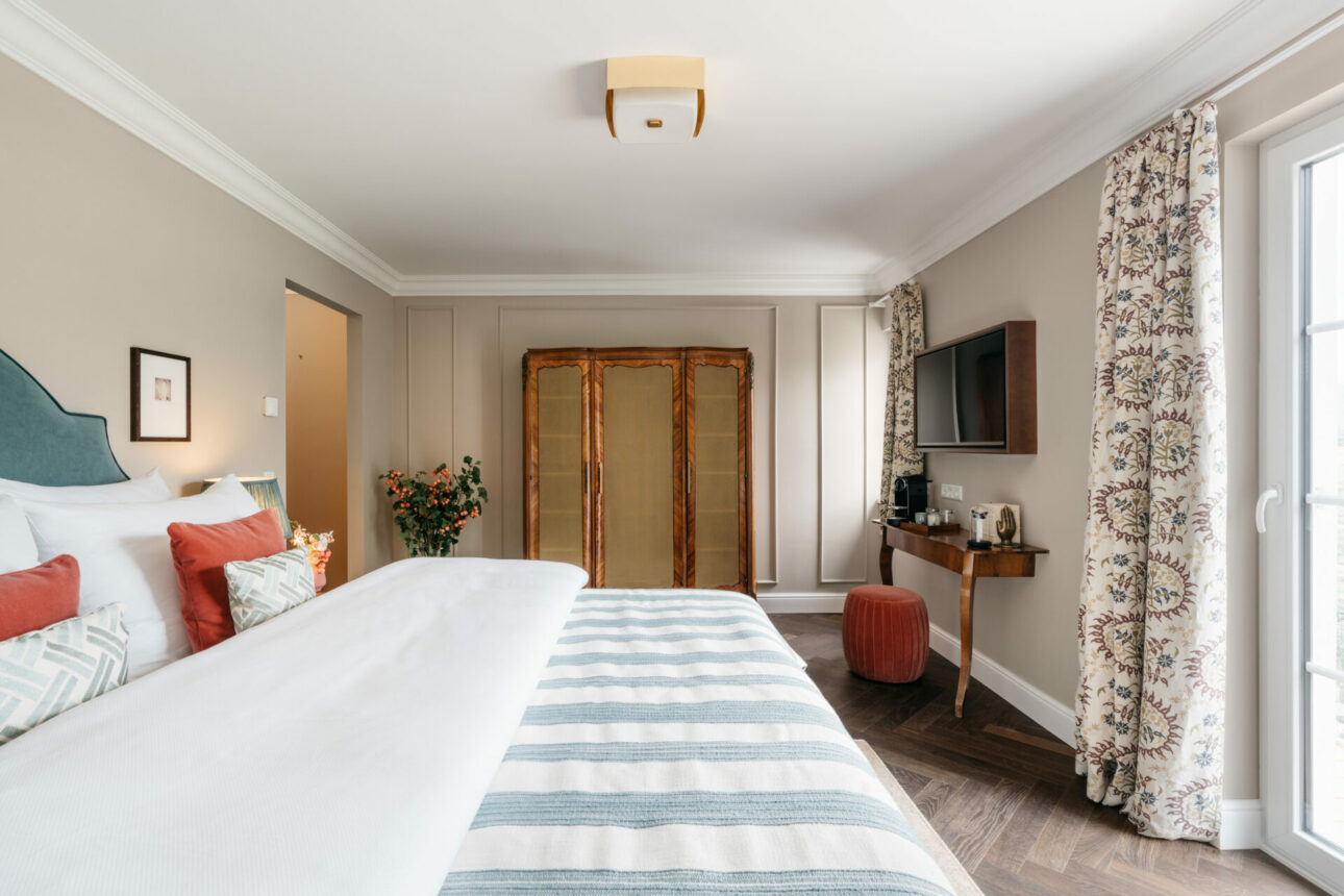 Villa Ivy Classic Double with Balcony - - Intimate with Balcony - Villa Ivy Salzburg